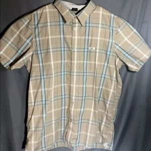 Oakley Button Up Plaid Short Sleeve Shirt